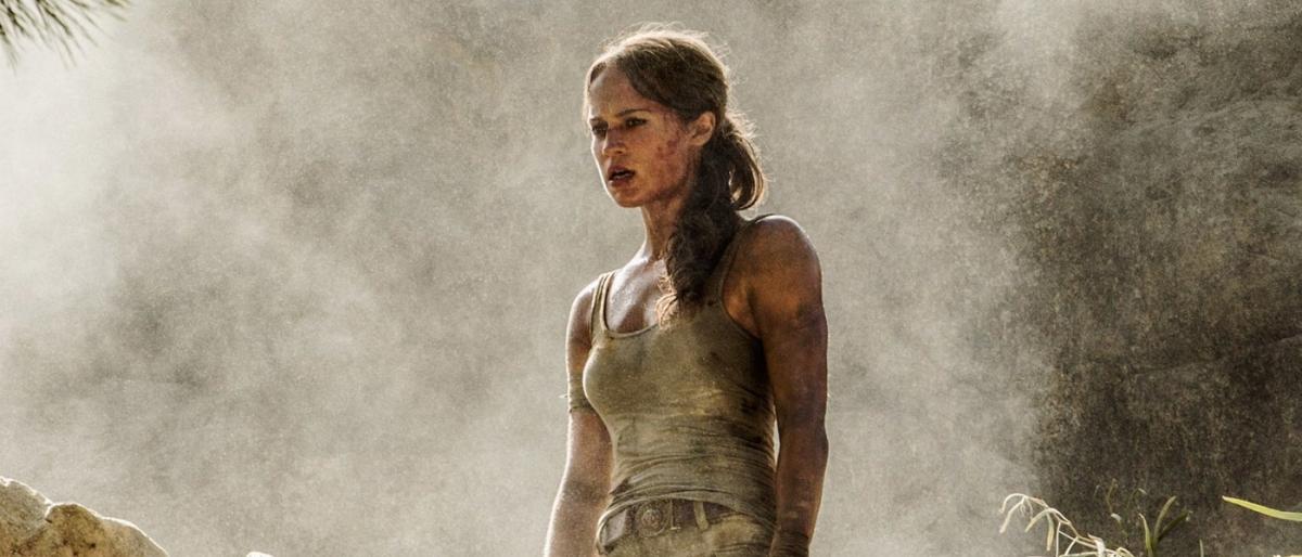 Tomb Raider: Croft hangelt sich in Vorschau über Abgründe